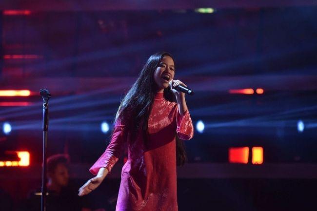 The Greatest Show Girl Mehr Als 8 6 Mio Aufrufe Fur Claudia Emmanuela Santosos Auftritt Bei The Voice Of Ger Voice Of Germany The Voice Of Germany The Voice