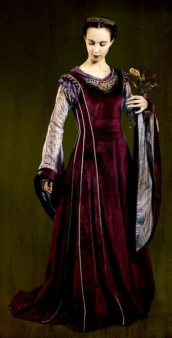 FANTASY  MEDIEVAL WONDERFULL FASHION