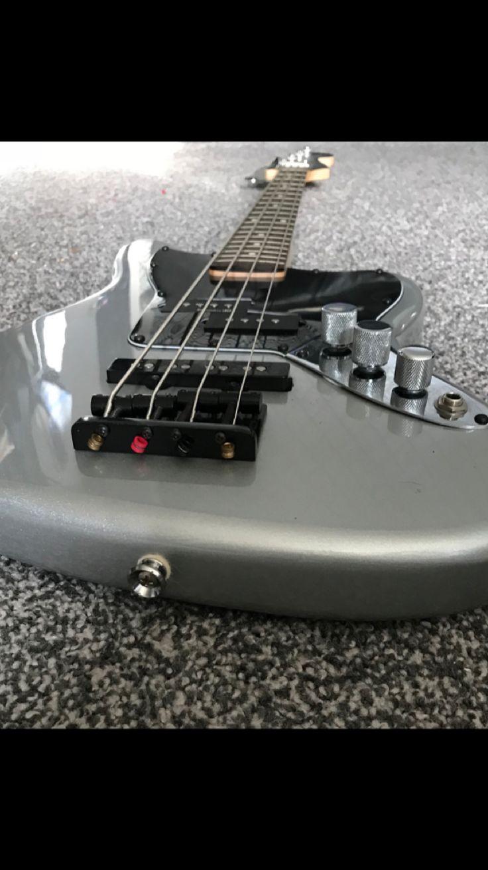 Squier Jaguar Vintage Short Scale Bass Guitar Project