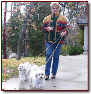 gloria loring robin thicke | Gloria Loring and her dogs,