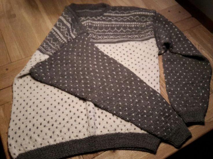 Endnu en hjemmestrikket sweater
