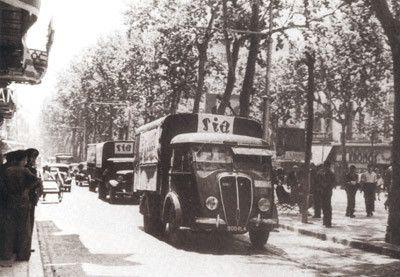 I camion inviati dai compagni francesi arrivano a Barcellona.
