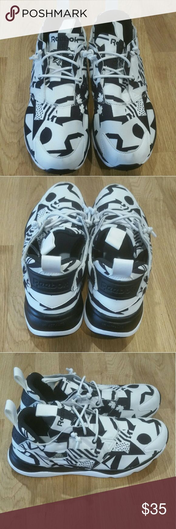 Reebok Trainers Excellent condition REEBOK Classic Ortholite Trainers retro print Very comfortable trainers worn once! Perfect for running and cardio or a solid lift at the gym! Reebok Shoes Sneakers