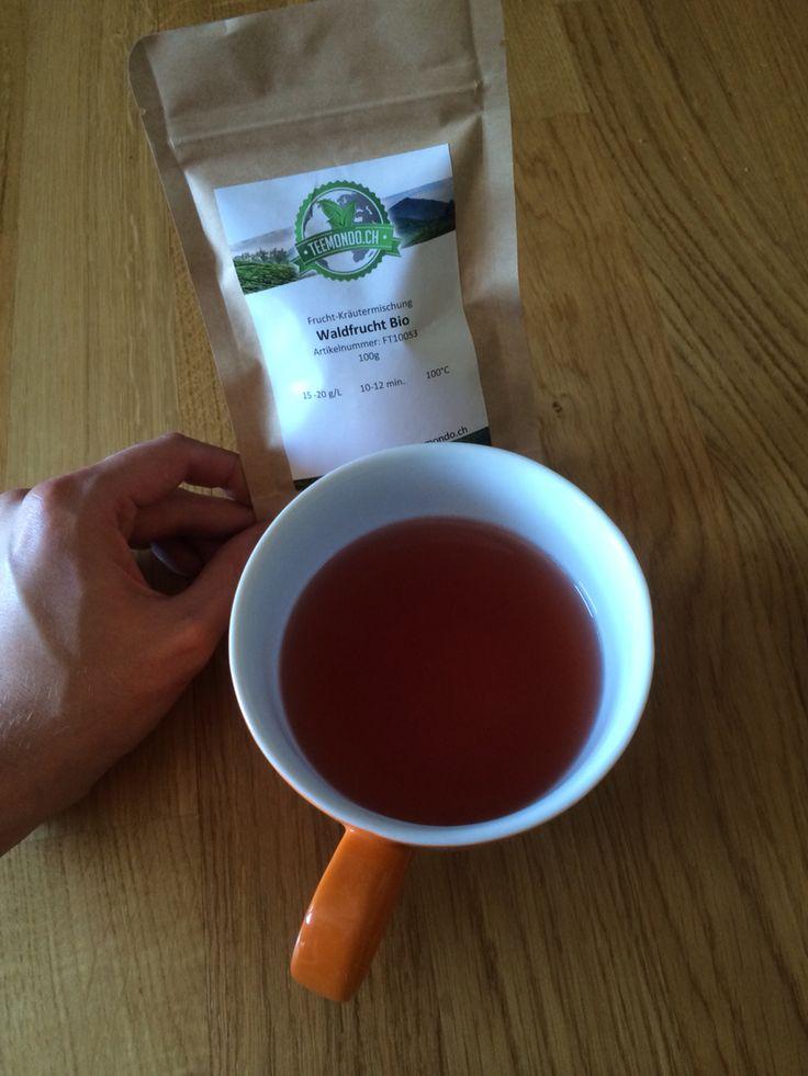 Unser leckerer Waldfrucht Bio-Tee ist die perfekte Erfrischung an heissen Sommertagen. #teemondo #Waldfrucht #Früchtetee #Bio