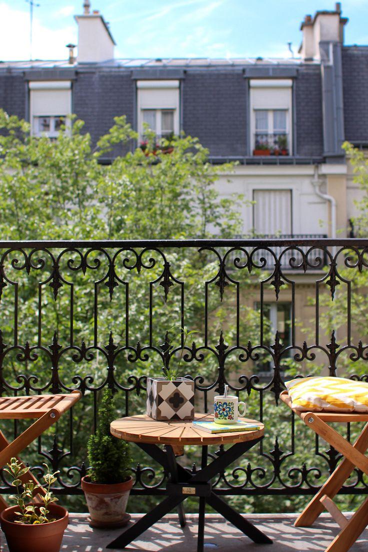 Un balcon typiquement parisien pour profiter du soleil