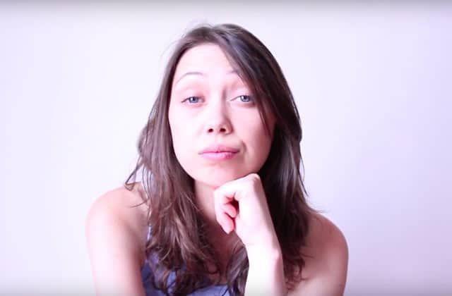 La branlette est-elle un génocide? La youtubeuse La Castor s'est associée au planning familial pour la campagne <em>Ceci n'est pas un cintre</em>. Elle nous délivre aujourd'hui une vidéo engagée (et drôle) qui promeut le droit à l'avortement.