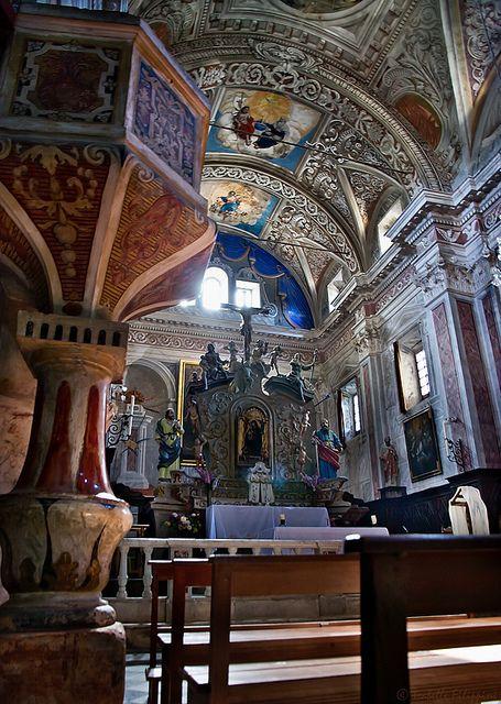 Eglise Saint Pierre - Saint Paul de Piedicroce. Eglise du XVII ème siècle, classée monument historique. Canton d'Orezza. Castaniccia. Corse.