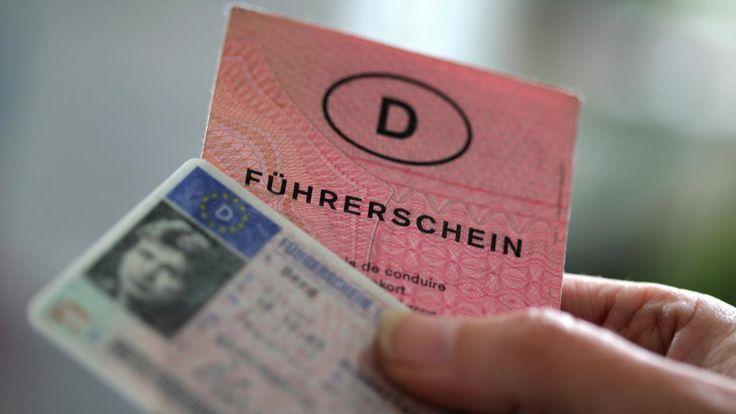 """Führerschein-Umtausch: Darf ich den """"rosa Lappen"""" behalten? – #behalten #Da…"""