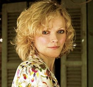 Loving Maxine Peake in Silk