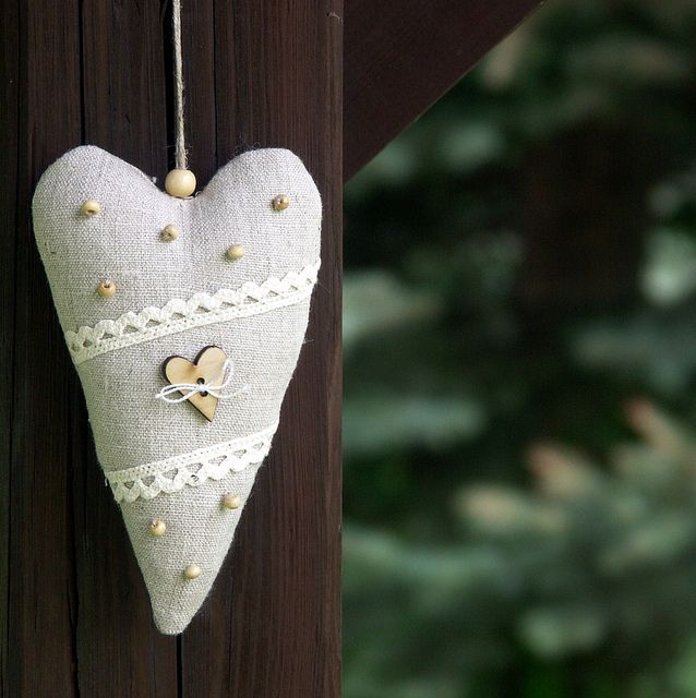 linen heart ornament by Bela Stitches, via  lovely wooden? beads too