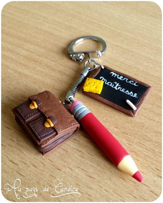"""Porte-clés """"merci maîtresse"""" avec cartable, ardoise et crayon (fimo http://paysdecandice.canalblog.com/archives/2014/07/04/30188133.html"""