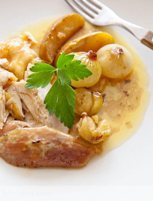 Receta de pollo de corral asado con manzana y castañas #Cantabria #Spain