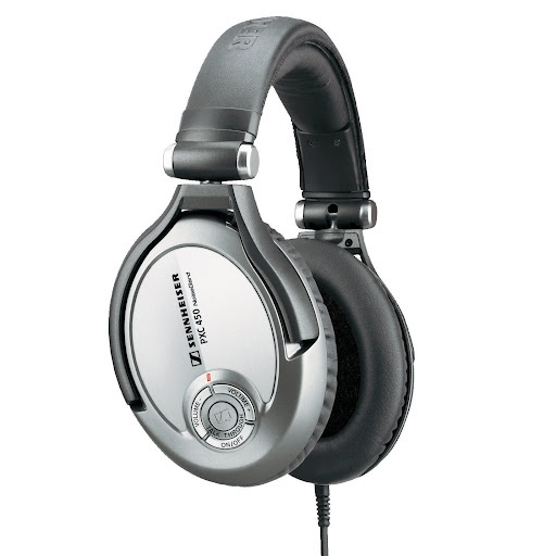 Sennheiser Noise Cancelling Headphones PXC 450. £220 ono