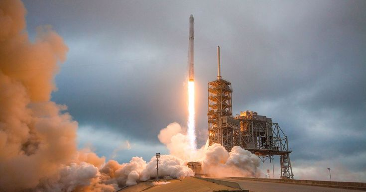 #World #News  SpaceX's launch today could revolutionize the industry: Watch it live  #StopRussianAggression #lbloggers @thebloggerspost