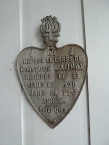 Antique-French-large-heart-shaped-grave-plaque-sign-1928