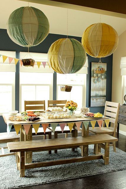 Cute idea! Would be so cute if the Stork is arriving in a hot air balloon. DIY Hot Air Balloons - Baby Shower Decor