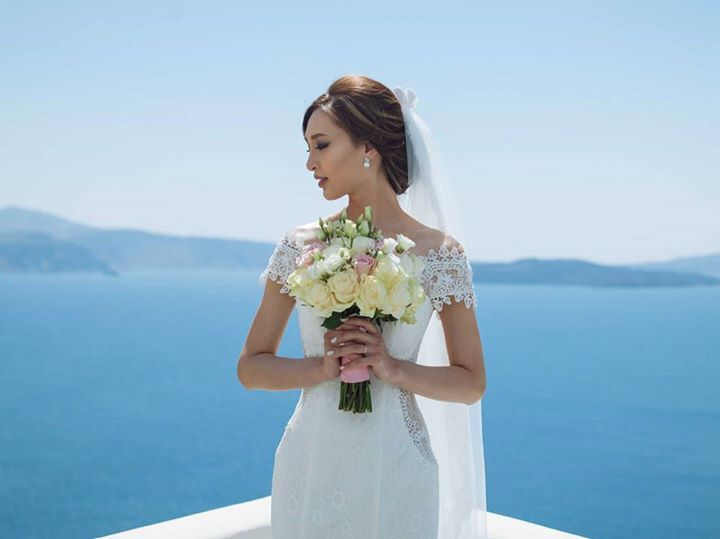 Natalie, from Hong Kong, on her wedding day in Santorini
