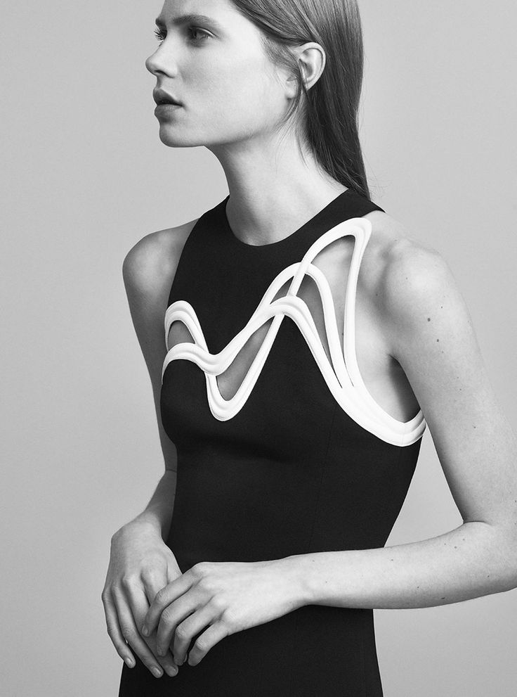 Black & white dress with graphic cutouts; contemporary fashion details // Mugler Resort 2017