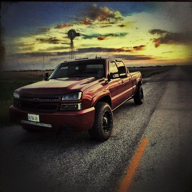 Pretty Sick Lbz Submitted By Our Bud Dalton Lbz Would You Rock It 6point6 Dailydriver Duramax Diesellifest Chevy Trucks Silverado Chevy Duramax Duramax