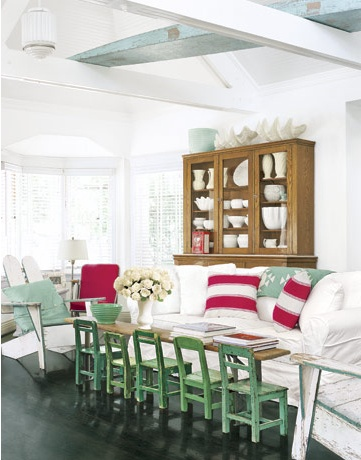 My new favorite room! All these little green Ranchero chairs, lined up at a bench coffee table. How EPIC :)
