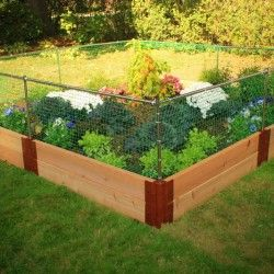 17 best ideas about backyard vegetable gardens on pinterest planting a garden raised garden - Country vegetable garden ideas ...