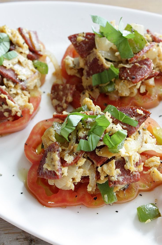 Taartje van tomaat en ei   Francesca Kookt
