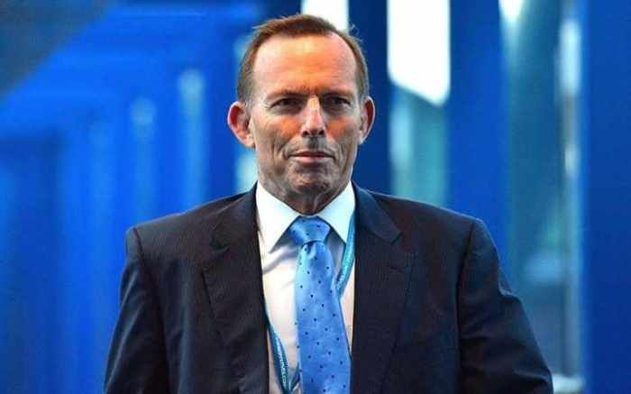 I agree with Abbott https://freewordandfriendsworld.com/2017/01/10/tony-abbott-agrees-with-me-he-says-uk-should-leave-eu-customs-union-to-strike-deals-with-commonwealth-so-at-least-the-australian-immigrants-will-be-already-able-to-speak-english-if-by-the-way-you-n/
