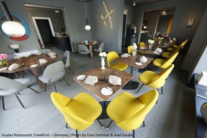 Such an original restaurant featuring the beautiful #Laguna suspensions ►http://bit.ly/Laguna_S #design Matteo Thun
