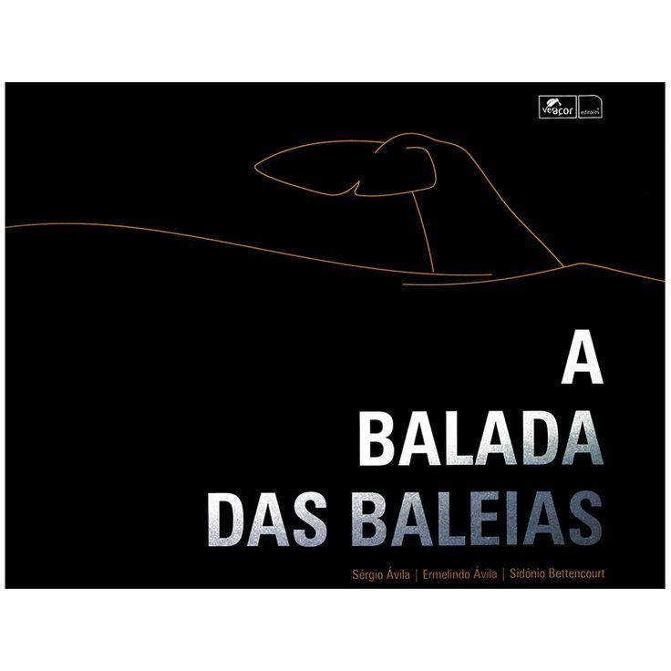 """""""A Balada das Baleias"""". Um livro sobre os Baleeiros da Ilha do Pico. Fotografias a preto e branco, acompanhadas por um texto magnífico. Esta obra é um documento único, uma balada a todos os que estiveram ligados à baleação."""