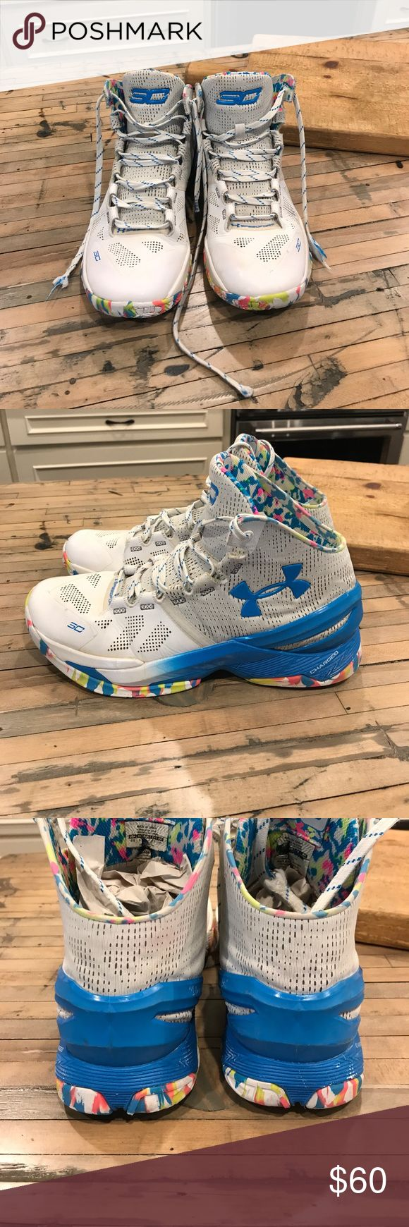 Cury's Birthday cake men's size 9.5 Stephen Curry's Birthday cake size men's 9.5 high top shoes. Please see pictures for all known flaws. Under Armour Shoes Athletic Shoes