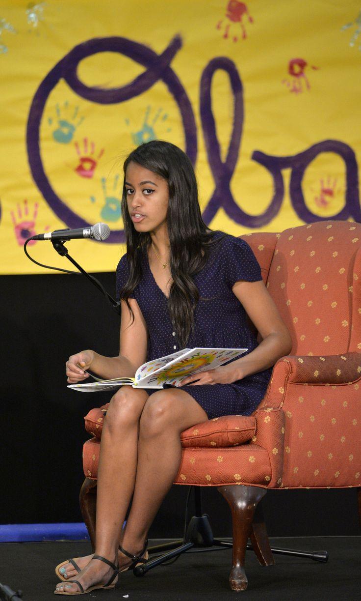 Obama family sued by Malia and Sasha's biological father ...