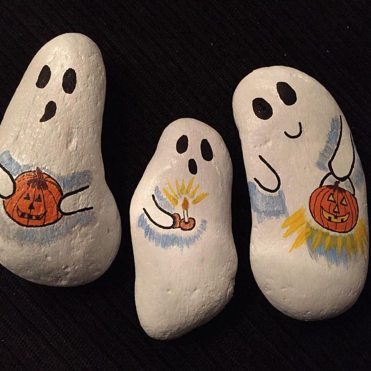 Ghost rocks for halloween