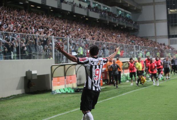 hhttp://www.otempo.com.br/superfc/atletico/ningu%C3%A9m-faz-gols-como-ele-1.1462132  Ninguém faz gols como ele