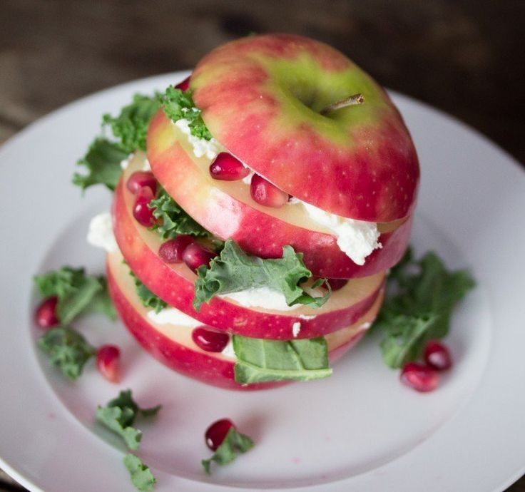 This Fancy-Looking Apple Sandwich Only Has 4 Ingredients