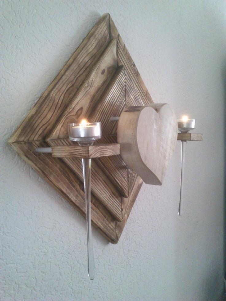das holz f r den rahmen ist geflammt und geb rstetes fichtenholz das herz ist aus einer 4 cm. Black Bedroom Furniture Sets. Home Design Ideas