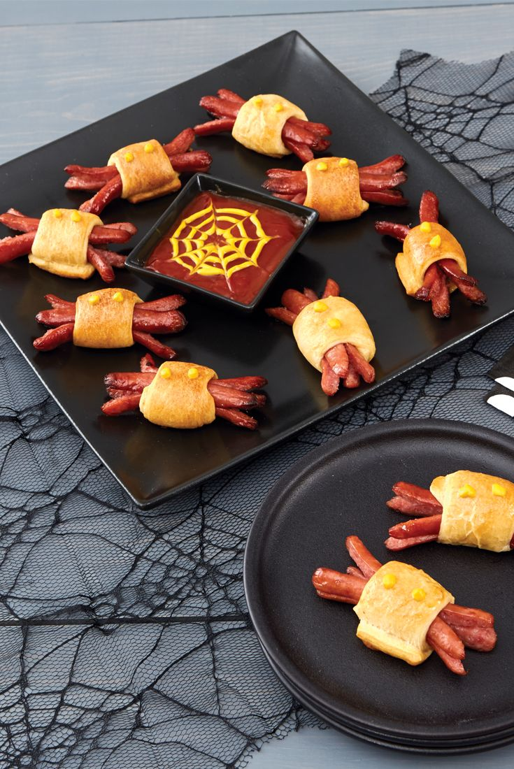 Get in the spirit with these spooky hot dog spiders.