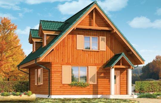 Projekt D03 Grześ Drewniany to dom jednorodzinny lub komfortowy domek letniskowy. Budynek o prostej bryle, przekryty dwuspadowym dachem. Idealnie pasuje na działkę z ogrodem z tyłu domu - od strony elewacji tylnej zaprojektowano duży taras, częściowo zadaszony przez obszerny balkon. Front domu zaakcentowany jest ścianą szczytową i wystającą bryłą ganku wejściowego. Mimo małej powierzchni dom prezentuje się okazale.