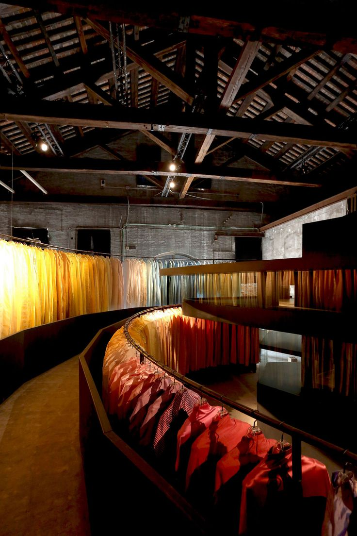 project: Building for Lacma permanent collection author: Peter Zumthor location: Venice, Italy You can see all the reportage on our website www.atelierxyz.info #atelierXYZ