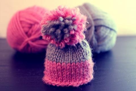 Apprendre à tricoter un bonnet avec Innocent | Filoute