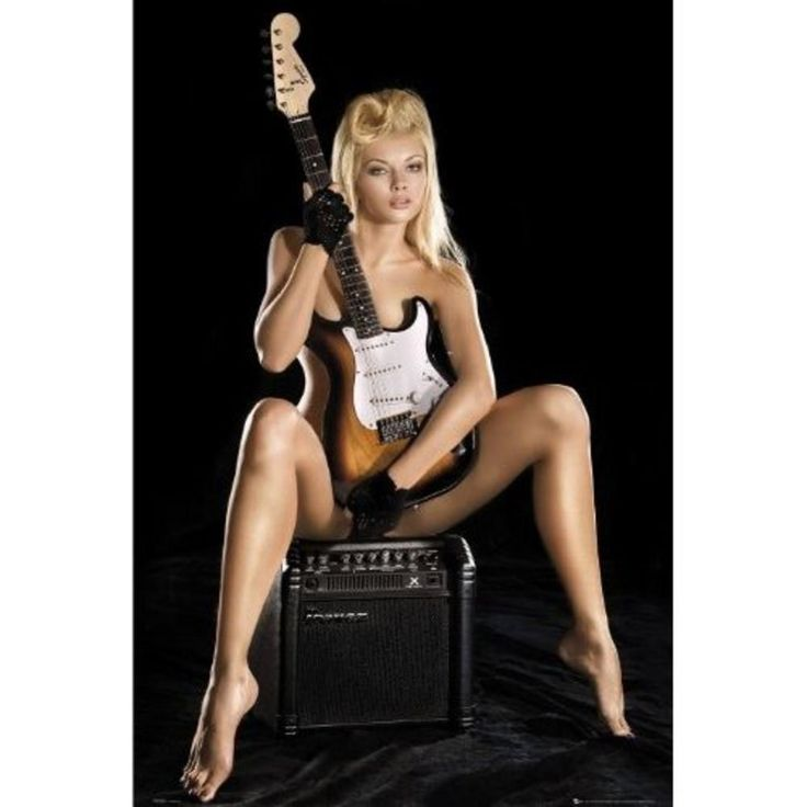 guitar girl maxi poster 61 cm x 91 5 cm 315 61cm x 24 x 36 inches approx maxis. Black Bedroom Furniture Sets. Home Design Ideas