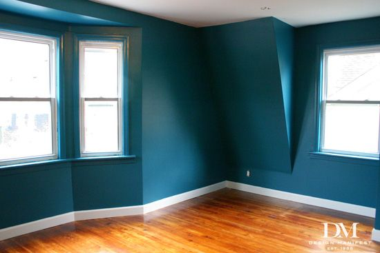 Best 25 benjamin moore turquoise ideas on pinterest - Painting bedroom walls different colors ...