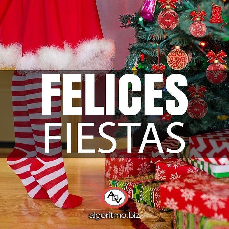 Felices fiestas. La alegría reside tu corazón. Disfrutemos en familia y con amigos la llegada del niño dios.  #feliznavidad #navidad #regalos #paz #amor #familia #amistad #nacimiento #nochebuena #merrychristmas  #happyholidays  #pace #love #gifts #family #friendship #santaclaus