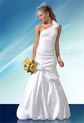 Jessica McClintock - Style 53662Año: 2010Silueta: SirenaEscote: AsimétricoEspalda: AbiertaPrecio Original: $700Es un vestido moderno ideal para una novia que quiera lucir la espalda al descubierto y figura de una manera elegante.