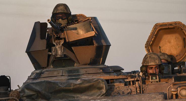 Noticia Final: Curdos sírios: Turquia se prepara para invadir Afr...