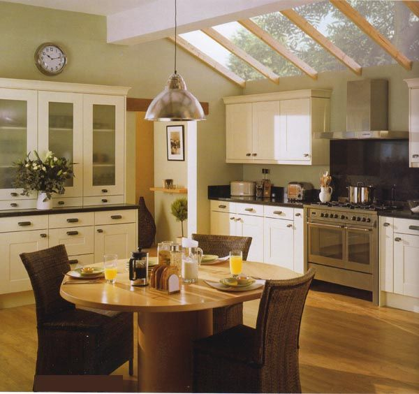 Shaker kitchen with dining table