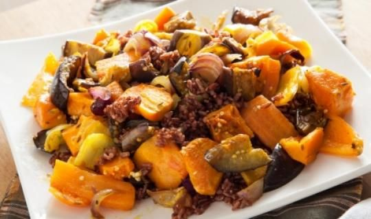 Осенние овощи с коричневым рисом   ВкусВилл
