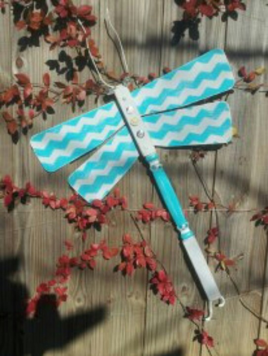 Table Leg And Ceiling Fan Blade Dragonfly Fence Art