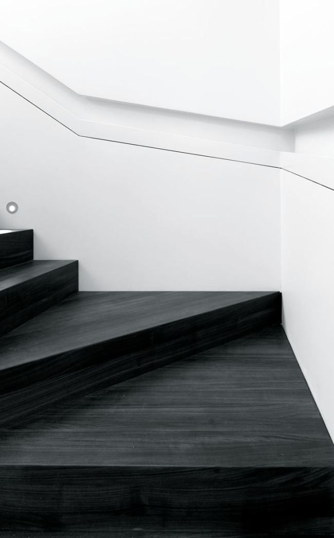 BLACK + WHITE STAIRS