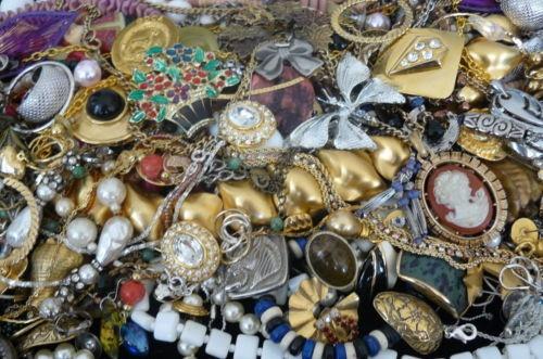 oooooh!! Vintage!: Decor, Tophatter, Charms, Vintage, Oooooh