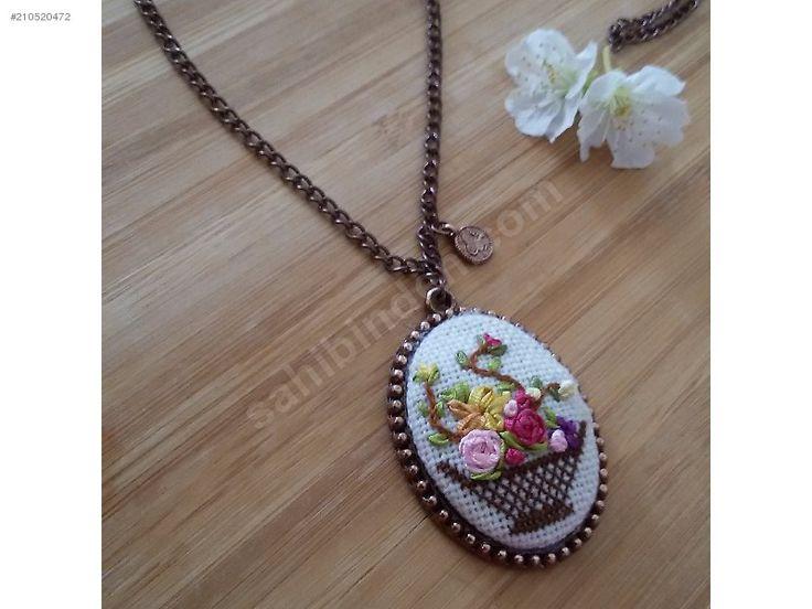 KİŞİYE ÖZEL TASARIM ETAMİN VE KURDELE NAKIŞI KOLYELER - Bijuteri Kolye modelleri ve Bayan takı mücevher çeşitleri sahibinden.com'da - 210520472